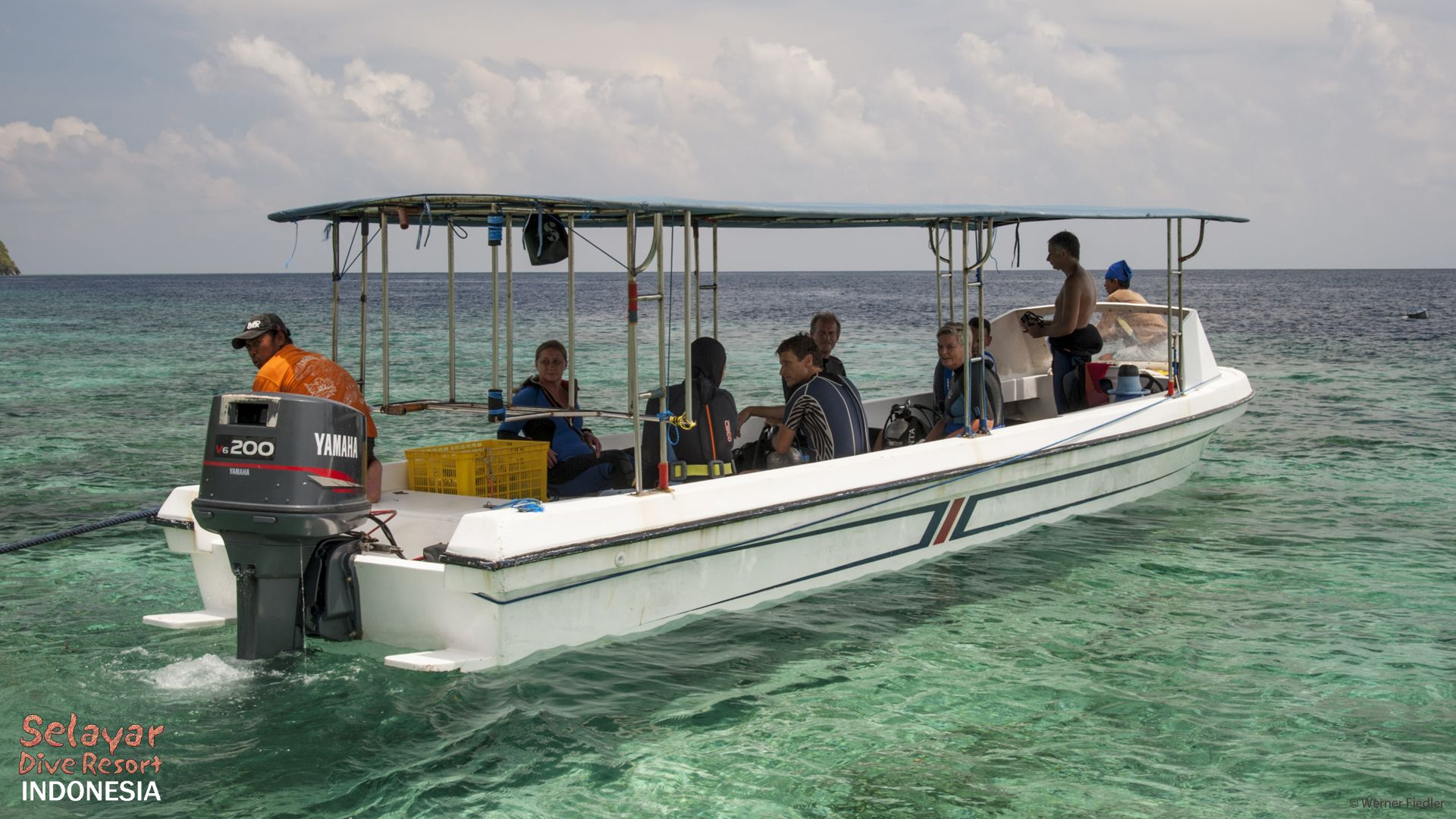 Boat Diving Sulawesi Indonesia